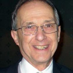 Obituary - Professor Sir Peter Lachmann FRS FMedSci