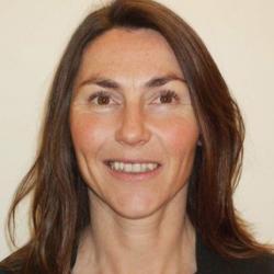 Dr Barbara  Skelly
