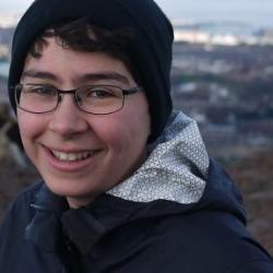 Yasmine  Kamen